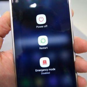 Tình trạng điện thoại samsung bị treo màn hình và cách sửa
